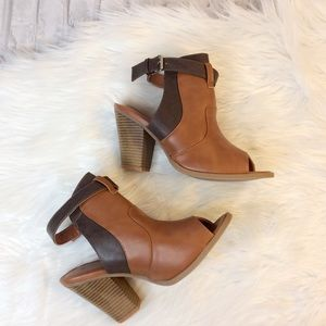 WILD DIVA Ankle Cut out Peep-toe Booties